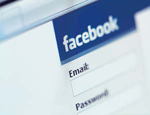 facebook patenta palabra face
