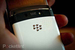 white blackberry torch