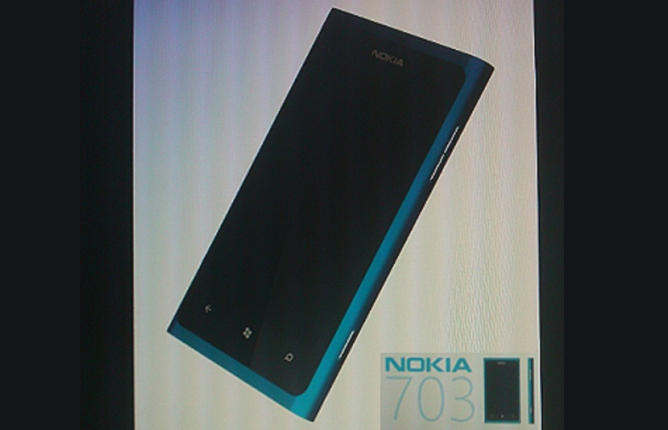 nokia 703 windows phone 7