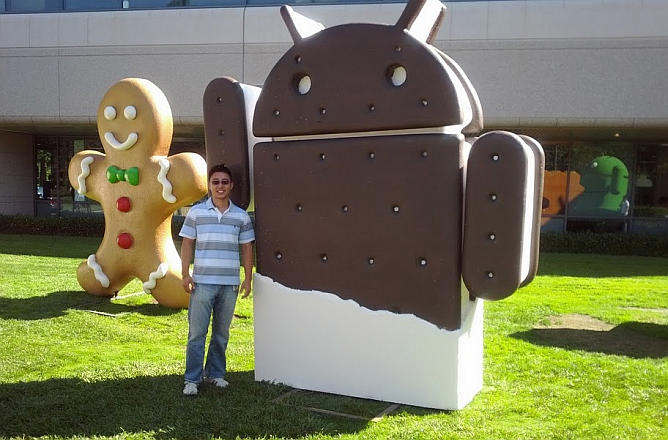 android ice cream sandwich estatua mascota google headquarters