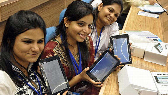 india tablet aakash