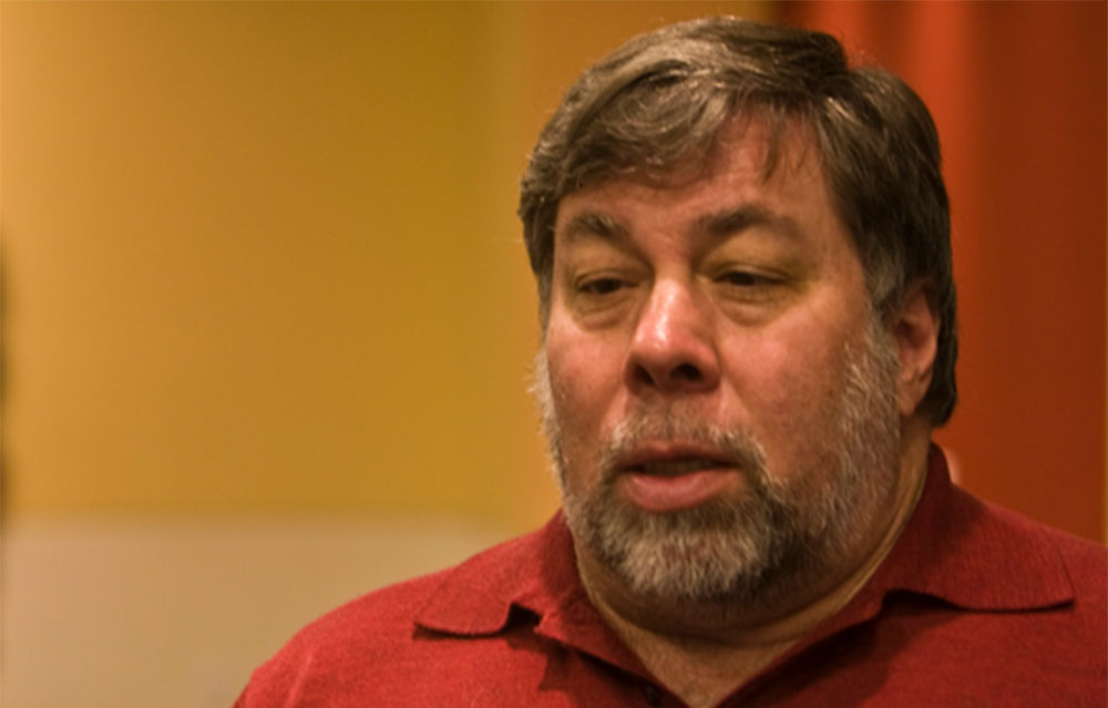 Steve Wozniak sufre fraude y le roban 7 Bitcoins